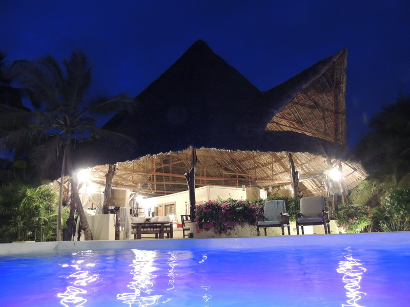 4 bedrooms villa for sale in Malindi all en-suite, 4 bedrooms Malindi Villa for sale